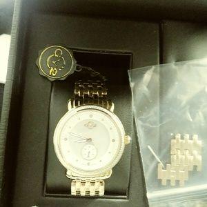 Nearly New GV2 Goldtone Watch